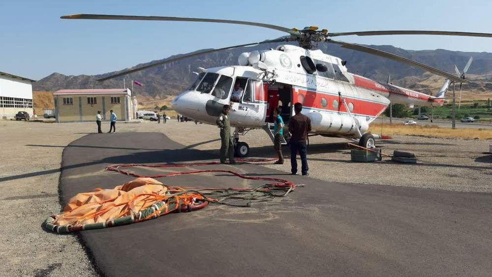 Red Crescent helicopters help extinguish forest fires in four Provinces